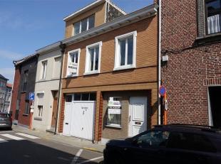 Opbrengsteigendom met twee woonentiteiten gelegen te Tienen, Potterijstraat 32, totale perceel oppervlakte van 6a 73ca, KI 687 euro. Dit onroerend goe