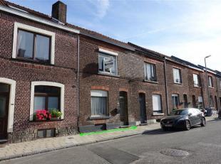 Te renoveren rijwoning met tuin, gelegen te Tienen, Pastorijstraat 352. Totale perceel oppervlakte van 2a 08ca. Deze woning omvat op het gelijkvloers
