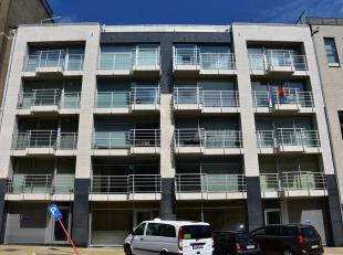volledig gemeubeld appartement met zijdelingse zeezicht en zicht op het strand van Zeebrugge.<br /> bestaande uit een ruime, lichtrijke living met ter