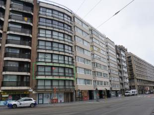 residentie Frans Musin  ruim appartement gelegen Koningsstraat (nabij zeedijk en winkelstraten)  - 2de verdieping - best. uit : inkom, ruime living, v