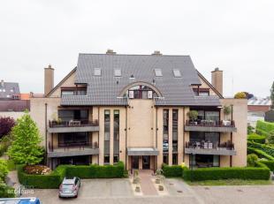 Algemeen<br /> Dit riant appartement is gelegen op de eerste verdieping van residentie Leemhoek  blok D.<br /> Omstreeks 2001 werd dit woonblok met 7