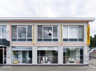 Ligging:<br /> Het appartement is gelegen op de Weg naar Zutendaal 35 bus 1 in Opgrimbie.<br /> Algemeen:<br /> Beschikbaarheid overeen te komen.<br /