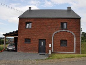 Construction récente sise dans le village de Honnay.<br /> Cette habitation offre de beaux espaces et profite de tout le confort moderne ainsi