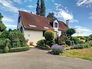 Jolie villa idéalement sise à proximité du centre de Beauraing !<br /> C'est dans un cadre verdoyant, que vous d&eacute