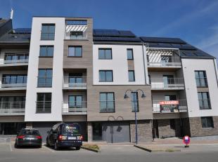 Superbe appartement 2 chambres sis dans une nouvelle résidence au cœur de Beauraing. Celle-ci bénéficie de tout le conf