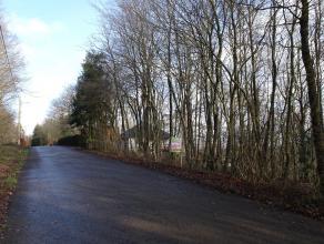Magnifique terrain à bâtir de 35 ares sis au grand calme, dans le village de Dion.<br /> Celui-ci offre une jolie vue dégag&eacute