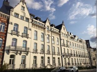 """Idéalement situé, en plein quartier européen, magnifique plateau rez de chaussée de 176 m² vendu """"casco"""" pour l'exerc"""