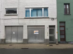 Garage, gelegen aan Wegvoeringsstraat 87