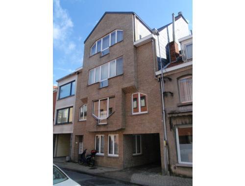 Appartement te huur in Sint-Niklaas, € 595