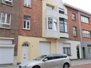 Op groene, residentiële & gegeerde ligging nabij park Den Brandt; karaktervolle, gerenoveerde woning met 4 SLPK | 2 BADK ! Eerste ingebruikna