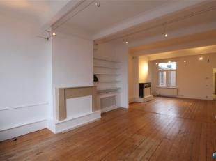 Aan park Den Brandt: Charmant en licht 3 SLPK appartement van ca. 145 m² ! Ondergebracht in kleinschalig, karaktervol gebouw, ingedeeld als volgt