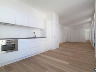 INSTAPKLAAR 1 SLPK APPT | HARTJE Antwerpen | HOPLAND | Op 1de verdieping van recent en modern appartementsgebouw: Via veiligheidsdeur toegang tot mooi
