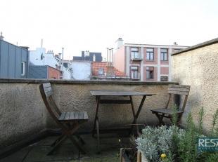 DUPLEX 1SLAAPKAMER APPARTEMENT + TERRAS / CENTRUM STAD.<br /> Gelegen in buurt : KAMMENSTRAAT!<br /> Compact & aangenaam DUPLEX appartement<br />