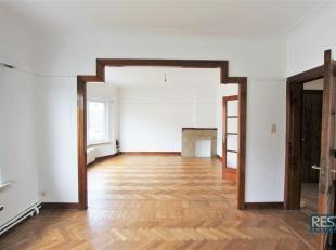 EXPOWIJK- SFEERVOL 2 SLPK APPARTEMENT met TERRAS<br /> Charmant en licht appartement in karaktervol,  klein & gunstig gelegen gebouw!<br /> Ca. 90