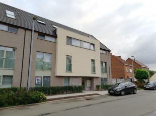 Prachtig recent gelijkvloers appartement (102m²), afgewerkt met mooie materialen, type 2-kamertype,  gelegen in deelgemeente Denderwindeke en op