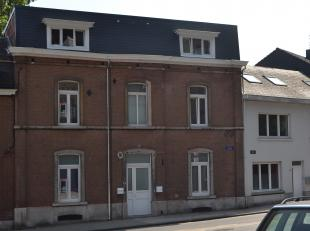 Proche du parc de La Plante et de la Meuse, bel appartement entièrement rénové avec 2 chambres et un bureau, jardin et terrasse p