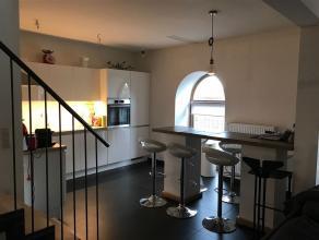 """Appartement impeccable """"basse énergie"""" de 142 m² situé au 2ème étage avec une grande terrasse en toiture (21 m²)"""