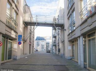 470 h/chgs  Mons- Studio- Centre-ville Mons- Cuisine équipée- Cavette