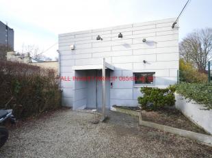 Prix indicatif 171.000 €.<br /> Nous vous proposons à la vente cet ensemble immobilier, composé d'une maison 2 chambres, d'un e