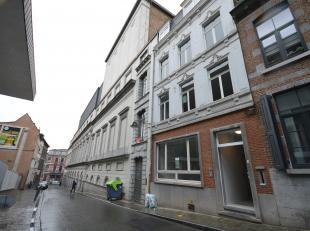 Loyer 570 € + 50 € de charges communes.<br /> Nous vous proposons ce magnifique appartement remis à neuf dans un immeuble de