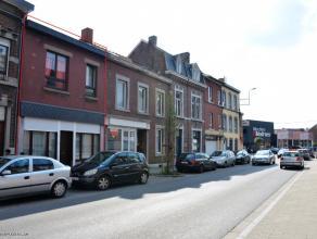 4040 Herstal - Rue Saint-Lambert, 81. Maison d'habitation traversante avec entrée principale par la rue Saint-Lambert et entrée de garag