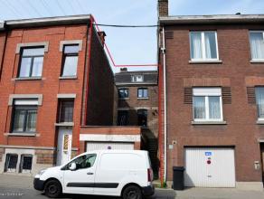 Herstal - Rue Moulin Maisse, 22. Maison 2 façades en retrait de la route, vendue avec permis d'urbanisme (pour la transformation du garage &agr