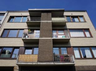 Embourg: Bel appartement lumineux composé dun hall dentrée, un séjour, une cuisine équipée, une salle de bain, 2 ch