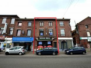 Immeuble composé d'un rez-de-chaussée commercial et de 2 appartementsRez commercial (70 m²) : entrée individuelle, surface c
