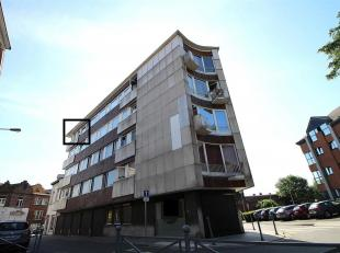 Bel appartement situé à Montignies sur Sambre à proximité du centre de Charleroi au dernier étage d'un immeuble de