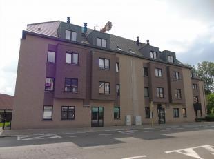 In de Residentie Poney I, gelegen te Oostakker, in de onmiddellijke nabijheid van winkels, openbaar vervoer en op 5 min. fietsafstand van het Centrum