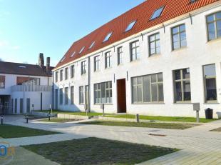 """WOONOPPRTUNITEIT! 8 vernieuwbouwwoningen op TOPLIGGING binnen historische stadskern van Brugge. Het open karakter van de kloostertuinen van """"Het There"""
