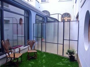 Saint Gilles : entre la Rue de l'Hotel des Monnaies et la Rue St Bernard, appartement meublé de 60m², déco contemporaine, enti&egra