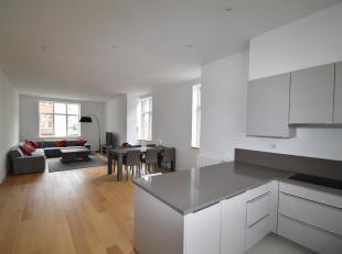 Bruxelles : Quartier Marie-Louise, dans le quartier européen, superbe Appartement Meublé de 158m² situé au 3ème &eacu