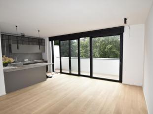 Bruxelles : Quartier Louise, proche de la place Stéphanie, superbe Appartement neuf de 110 m² situé au 2ème étage et
