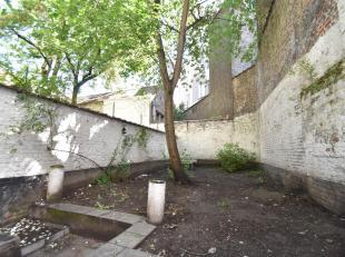 Forest : Quartier Midi - Roi à proximité des transports et commerces Appartement Rez-de-chaussée de 50m² + Jardin et compos&