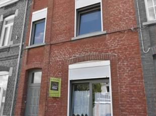 Prix: Offre à partir de 190.000 euros, frais d'agence non inclus et à charge de l'acquéreur.Jolie maison, située à