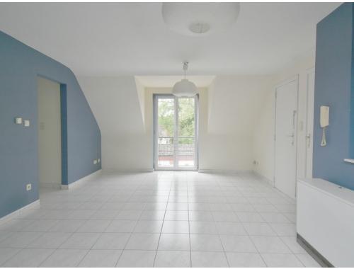Appartement te huur in Obourg, € 520