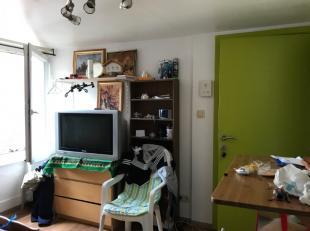 Appartement à louer                     à 7800 Ath