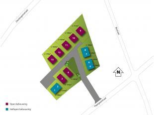 Bouwgrond van 475 m² (lot 13), gelegen in Oostrozebeke, de zijstraat van de Papegaaistraat, nl. de Warandestraat. Deze bouwgrond is bestemd voor