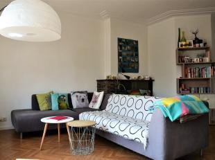 Appartement te huur nabij Gent Zuid!Het appartement bestaat uit een ruime inkom met vestiairekast, een ruime woonkamer, een deels ingerichte keuken, e