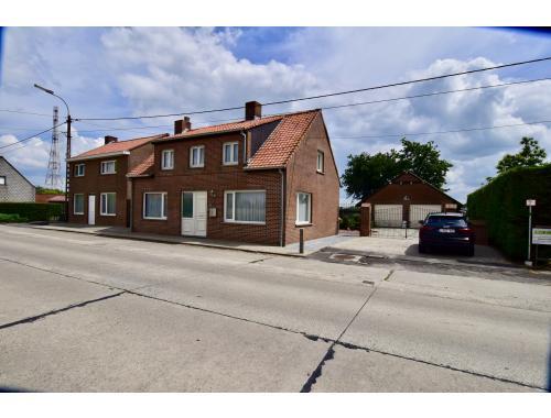Maison à vendre à Poelkapelle, € 299.000