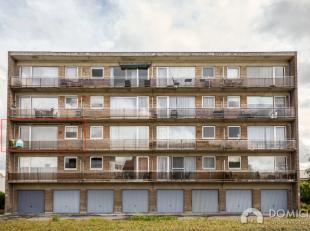 Roeselare-Centrum. Zeer verzorgd instapklaar 2-slaapkamerappartement met 2 terrassen en garage op < 1km van 't stationsplein, Ooststraat.. Deze res