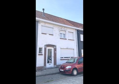 Garagebox te koop in Roeselare, € 418.000