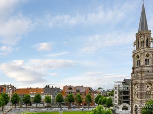 Dit appartement is gelegen op een TOP locatie in Roeselare : Het vernieuwde Conincksplein !<br /> Het van alle comfort voorziene appartement is gelege