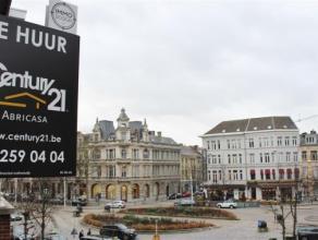 Op zoek naar een appartement gelegen in het bruisende hart van 't Zuid en nabij openbaar vervoer, winkel, verbindingen naar Brussel/Gent/Breda?!? Maak
