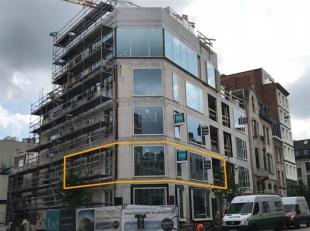 Het nieuwbouwproject, gelegen in de art-déco wijk van Antwerpen is in afwerkingsfase en wordt opgeleverd in augustus 2018.  Het 2 slaapkamer ap