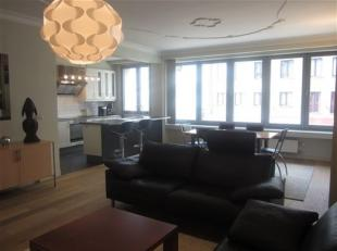Gemeubeld ruim 2slaapkamer appartement, in directe omgeving van het station en het centrum. Ruime woonkamer met open keuken volledig ingericht, grote