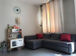 Ruim 2slaapkamer appartement vlakbij gezellige Dageraadsplaats. Het appartement beschik over 2 ruime slaapkamers, lichte woonkamer met aanpalende ge&i