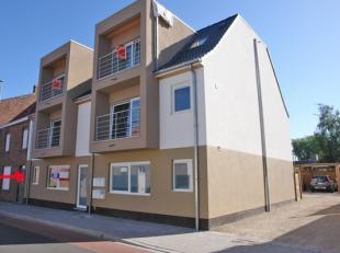 Ideaal gelegen investeringsappartement met terras nabij centrum Zulte!IndelingTof gelijkvloers appartement met lichtrijke woonkamer, open en moderne k