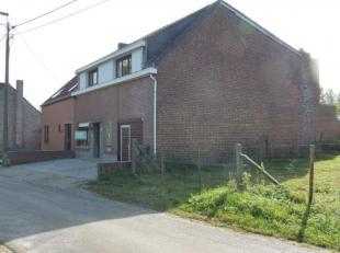 Deze woning is gelegen op een Zuidgericht perceel van 5 are 38 ca te Zandbergen, en bevindt zich in de schaduw van de Bosberg en op korte afstand van
